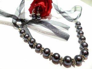 parure-parure-en-perles-grises-argent-tib-2801739-p1030901-f8712_big-300x225 dans parures